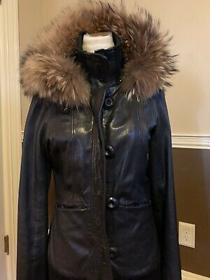 $249 • Buy Mackage Hooded Leather Jacket With Fur Trim XS