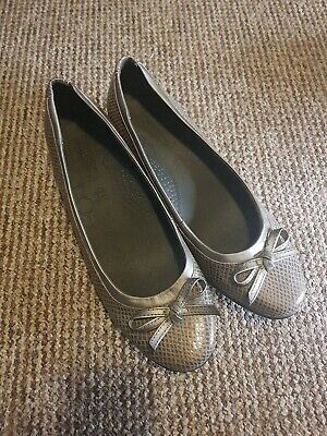 M&S Footglove Dolly Shoe Size 8  • 1.90£