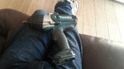 Makita BTW 450 18V Cordless Impact Wrench - Body Only • 81£