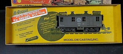 $ CDN35.19 • Buy HO Scale - Roundhouse - 2829 Southern Pacific Box Cab Diesel Locomotive Train