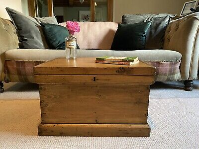 Old PINE ANTIQUE CHEST, Small Wooden TRUNK, Coffee TABLE, Toy Storage Tool BOX • 77£