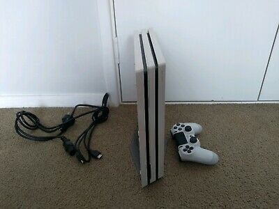 AU320 • Buy White PS4 Pro + Controller + 10 Games