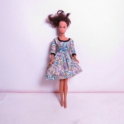 $ CDN38.91 • Buy VINTAGE Mattel - 1966 Brunette Barbie Doll