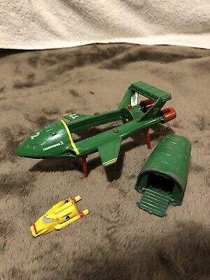 Vintage Green T2 Thunderbirds Space Matchbox Model 1992 + Thunderbird 4 • 4.70£