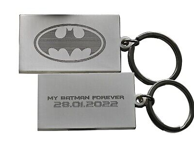 Personalised BATMAN Keyring In Gift Tin With Your Custom Text On Reverse Oval  • 6.50£
