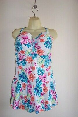 NEW SUMMER PRINT PRINT SKIRTED SWIMSUIT SIZE 24 Plus • 9£