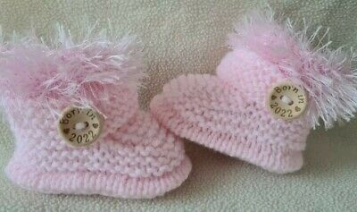 New Baby  Booties  BORN IN 2021. 0-3Months  Hand Knitted Pink • 5.70£