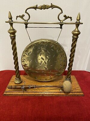 Vintage / Early Brass Dinner Gong With Striker. • 100£