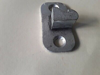 AU20 • Buy Holden FX/FJ 48/215 Door Catch Genuine