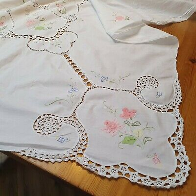 Antique /vintage French Tablecloth Appliqued /embroidered Stunning • 20£