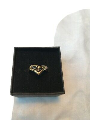 9ct Gold Ring Delicate Inset 3 Small Sapphires Size P • 35£