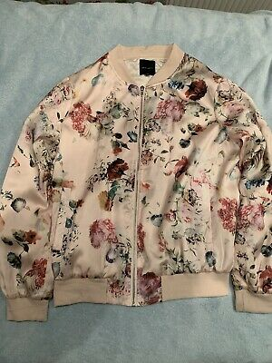 New Look Floral Bomber Jacket With Pockets And Front Zip • 2.50£