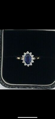 £549 • Buy 18ct Gold Oval Sapphire (1ct) & Diamond (0.25ct) 13-Stone Claw Set Cluster Ring