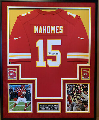 $ CDN1208.65 • Buy Patrick Mahomes Autographed And Framed Red Chiefs Nike Jersey Beckett COA