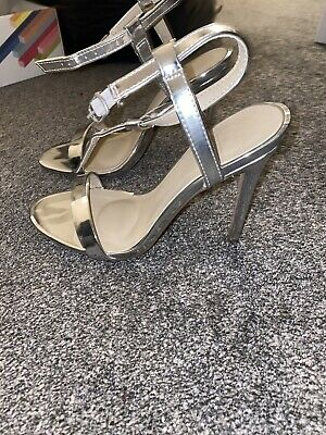 Missguided Silver Shoes 4 • 4.50£