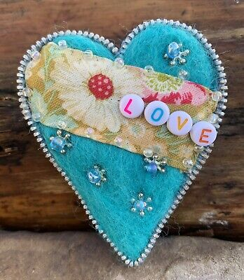 Hand Made - Needle Felted Zipper Heart Brooch - 8cm Approx  Free UK P&P • 10£