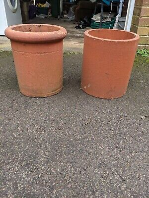 Reclaimed Chimney Pots • 30£