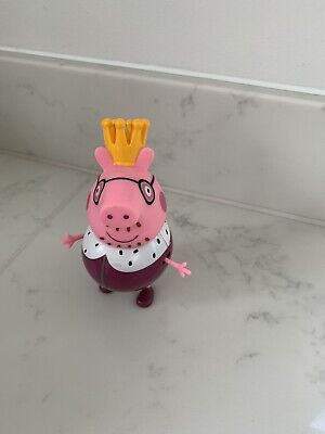 KING DADDY PIG Character Toy Figure ROYAL FAMILY • 4.99£