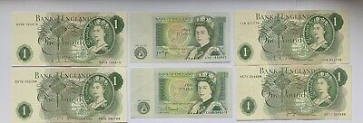 English One Pound Bank Notes • 2.45£