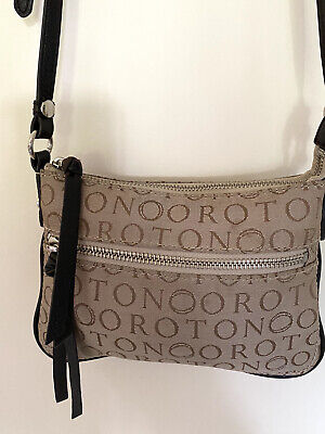 AU45 • Buy Oroton Small Signature O Jacquard & Leather Cross Body Bag Zip