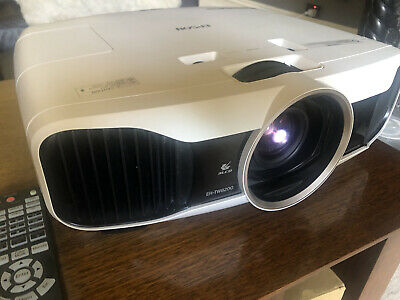AU1250 • Buy Epson EH-TW8200 Full HD Video Projector
