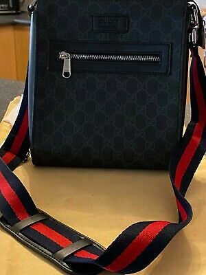 AU650 • Buy Gucci GG Black Small Messenger Bag Brand New