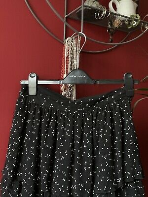 Zara Skort Size M  Black And White Polka Dot. Still With Label  • 5£
