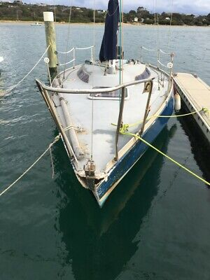 AU1400 • Buy YACHT, GREAT PROJECT Sail Boat, 26FT Fixed Keel Boat.