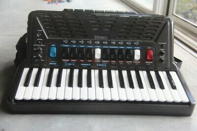 AU500 • Buy Roland FR3 Piano Accordian