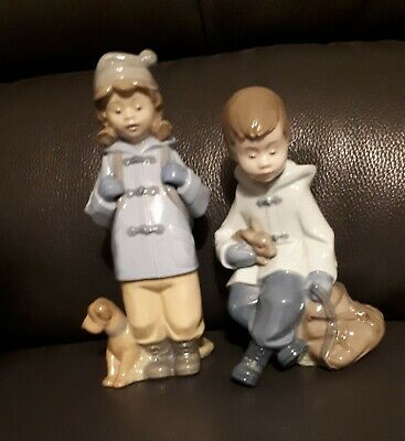 LLADRO NAO - Girl And Boy In Blue Duffle  Coat • 40£