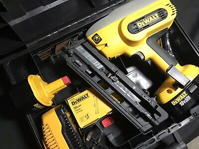 DeWALT CORDLESS NAILER DC616/18 -UNUSED-CHARGER/x2 BATTERY PACKS~CARRYING CASE. • 320£