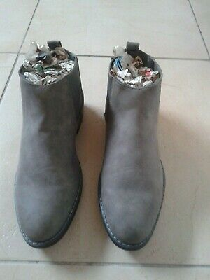 Mens Suede Chelsea Boot Style Grey Colour Shoe Size 8 (Not Chukka) • 18.05£