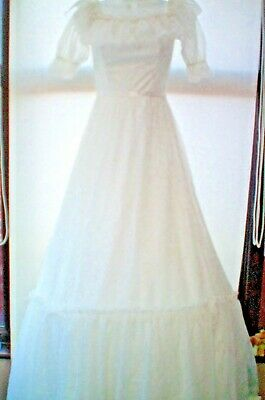 AU90.09 • Buy SIZE 8 VINTAGE WEDDING DRESS..WHITE WITH HOOP ....1980s.....VGC