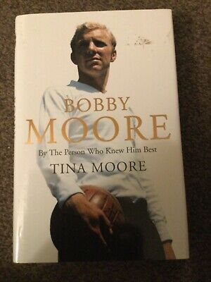 £3.99 • Buy Bobby Moore: By The Person Who Knew Him Best By Moore, Tina Book Used
