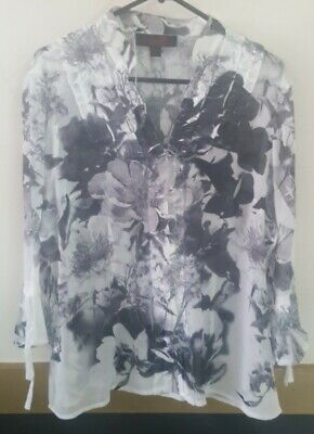 AU35 • Buy Nz Designer Seven Sisters White Floral 3/4 Sleeve Shirt Size 3