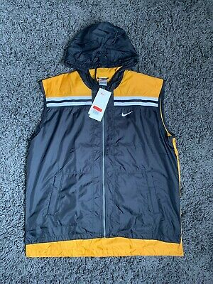 £50 • Buy Vintage 90's Nike Spellout Body Warmer Gillet With Hood Lightweight Nike Gillet