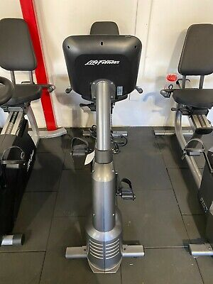£725 • Buy Life Fitness RS1 Recumbent Bike With Track Plus Console