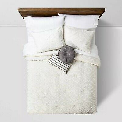 $ CDN66.54 • Buy Opalhouse- Olympia Clipped Comforter Set, Full/Queen