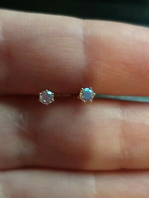 £25 • Buy 9ct Gold Opal Stud Earrings - Hallmarked Boxed