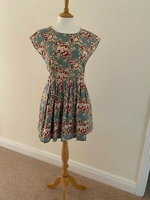 £10 • Buy Dahlia Summer Floral Dress Size M Lined With Mesh Underskirt And Zipped Back.