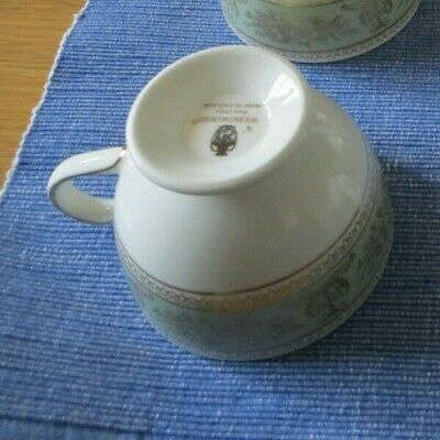 £22 • Buy Wedgewood Columbia Sage Green & Gold - Leigh Shape Tea/Coffee Cup And Saucer Set