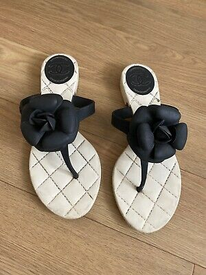 £185 • Buy 100% Auth Women CHANEL Camellia Sandals Black White Flower Thong Flats Size 36
