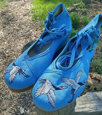 £21.20 • Buy Chinese Old Beijing Womens Embroidered Cloth Shoes Blue Strappy Size 38(US7) NEW