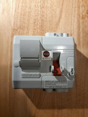 £68 • Buy Wylex DSF100 Domestic Switchfuse And Fuse 100A - Compact - Never Used