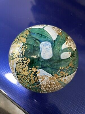 £15 • Buy Isle Of Wight Glass Green Marble Gold And White Paperweight