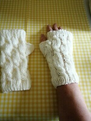 £11 • Buy Hand Knitted Cable Stitched Fingerless Gloves In Cream
