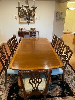 $1950 • Buy Henredon Traditional Mahogany Banded Dining Table W/ Double Pedestal & 8 Chairs