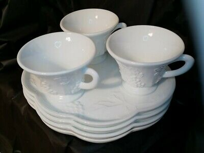 $34.50 • Buy Set Of 4 Vintage White Milk Glass Snack Plates And 3 Cups With Grape Pattern