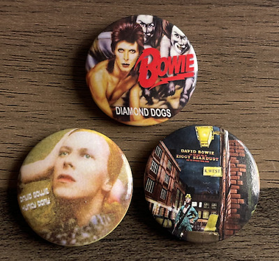 £4.99 • Buy DAVID BOWIE Set Of 3 Button Badges - Classic Rock Pop - Hunky Dory 25mm Pins