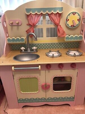 £130 • Buy ELC Wooden Kitchen Loaded With Extras.immaculate